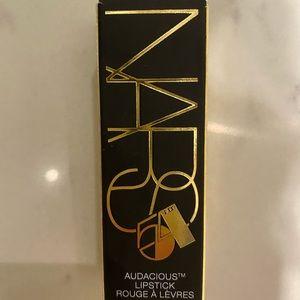 NARS Mona color lipstick